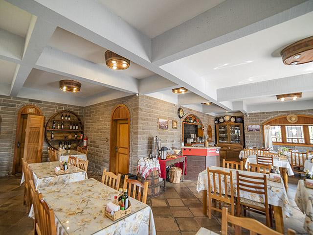 Casa-Fracalossi-Almoco-Colonial-Bonitour-Passeios-em-Serra-Gaucha-2389194_4889.jpg - Passeios em Bonito MS