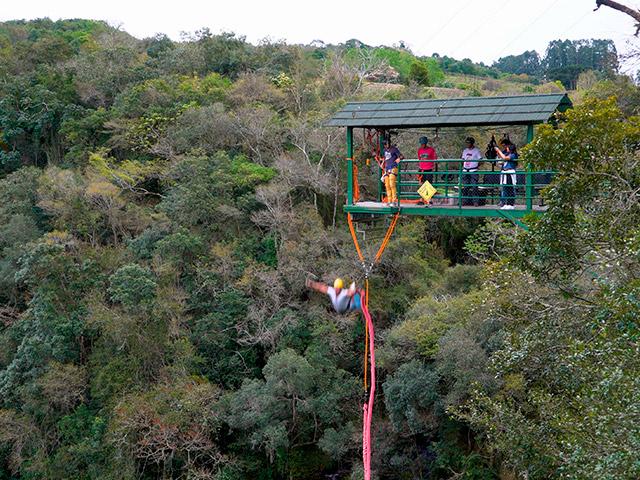Cia-Aventura-Bungee-Jumping-Bonitour-Passeios-em-Serra-Gaucha-2388241_5420.jpg