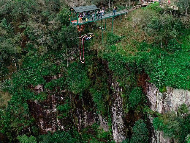 Cia-Aventura-Bungee-Jumping-Bonitour-Passeios-em-Serra-Gaucha-2388241_5422.jpg