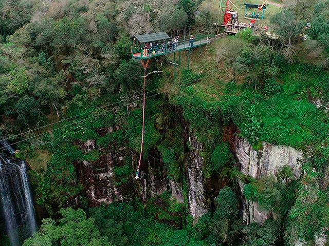 Cia-Aventura-Bungee-Jumping-Bonitour-Passeios-em-Serra-Gaucha-2388241_5424.jpg