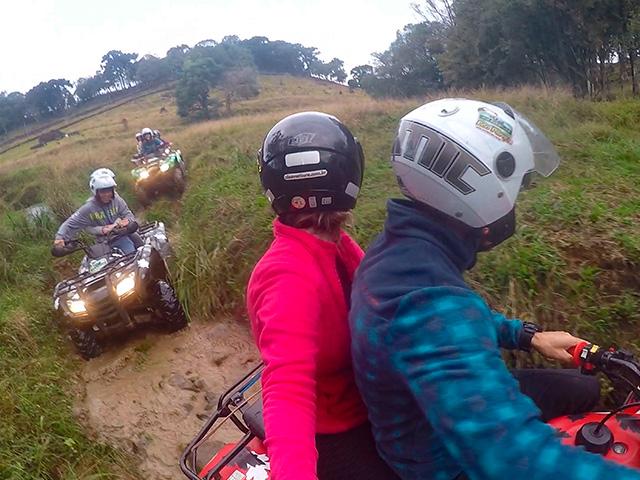 Cia-Aventura-Quadriciclo-Bonitour-Passeios-em-Serra-Gaucha-2388424_5814.jpg