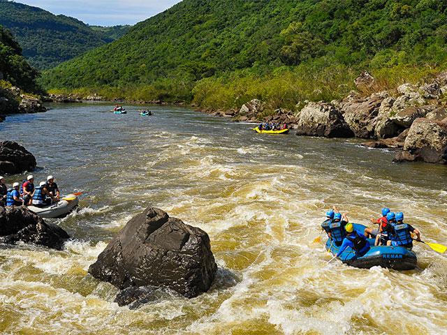 Cia-Aventura-rafting-rio-das-antas-Bonitour-Passeios-em-Serra-Gaucha-7447632365.jpg