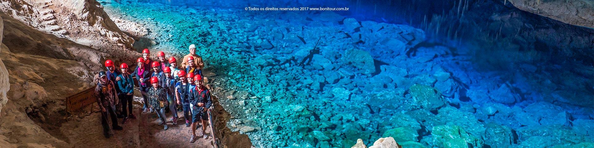 Gruta-do-lago-azul-Bonitour-Passeios-em-Bonito-MS-1108_2355.jpg