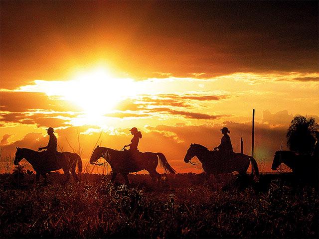 Rio-da-prata-cavalgada-Bonitour-Passeios-em-Bonito-MS-1594_1989.jpg - Passeios em Bonito MS