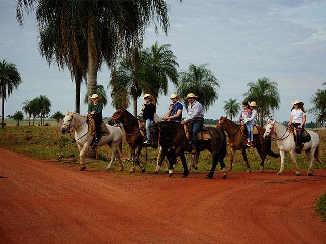 Rio-da-prata-cavalgada-Bonitour-Passeios-em-Bonito-MS-1594_1994.jpg - Passeios em Bonito MS