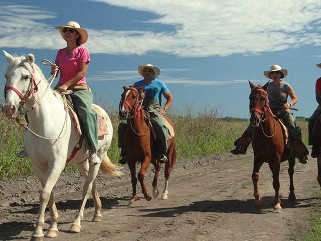 Rio-sucuri-cavalgada-Bonitour-Passeios-em-Bonito-MS-1593_2182.jpg - Passeios em Bonito MS
