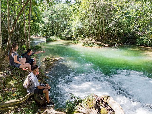 cachoeiras-serra-da-bodoquena-Bonitour-Passeios-em-Bonito-MS-1302706_2863.jpg