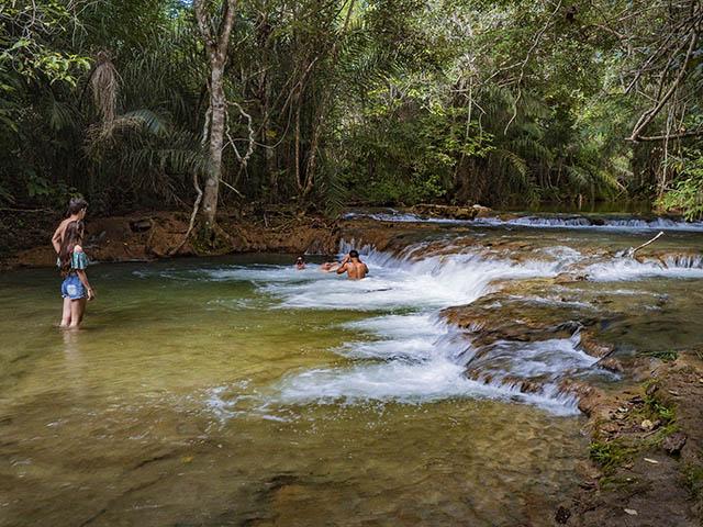 cachoeiras-serra-da-bodoquena-Bonitour-Passeios-em-Bonito-MS-1302706_2866.jpg