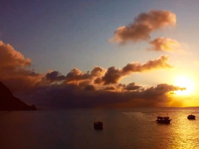 entardecer-vip-de-barco-Bonitour-Passeios-em-Fernando-Noronha-1327723_5987.jpg