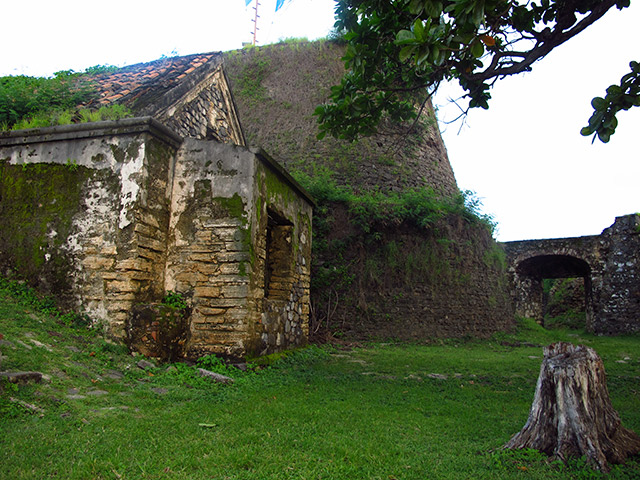 thilha-historica-jardim-elizabeth-Bonitour-Passeios-em-Fernando-Noronha-538216_5980.jpg