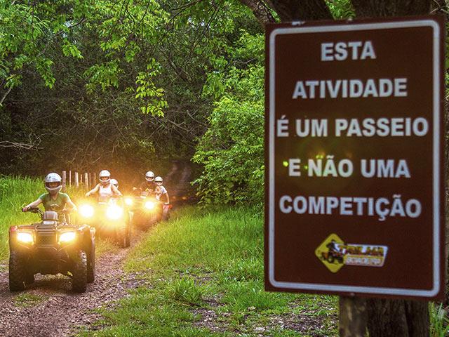 trilha-boiadeira-quadriciclo-Bonitour-Passeios-em-Bonito-MS-380721_2073.jpg - Passeios em Bonito MS