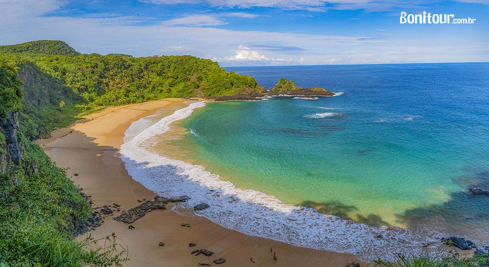 Conheça a Praia do Sancho, em Fernando de Noronha - bonito