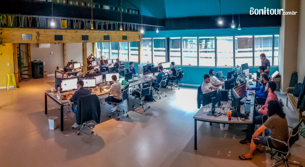 Novo espaço de tecnologia, inovação e marketing da Bonitour - fernando-de-noronha